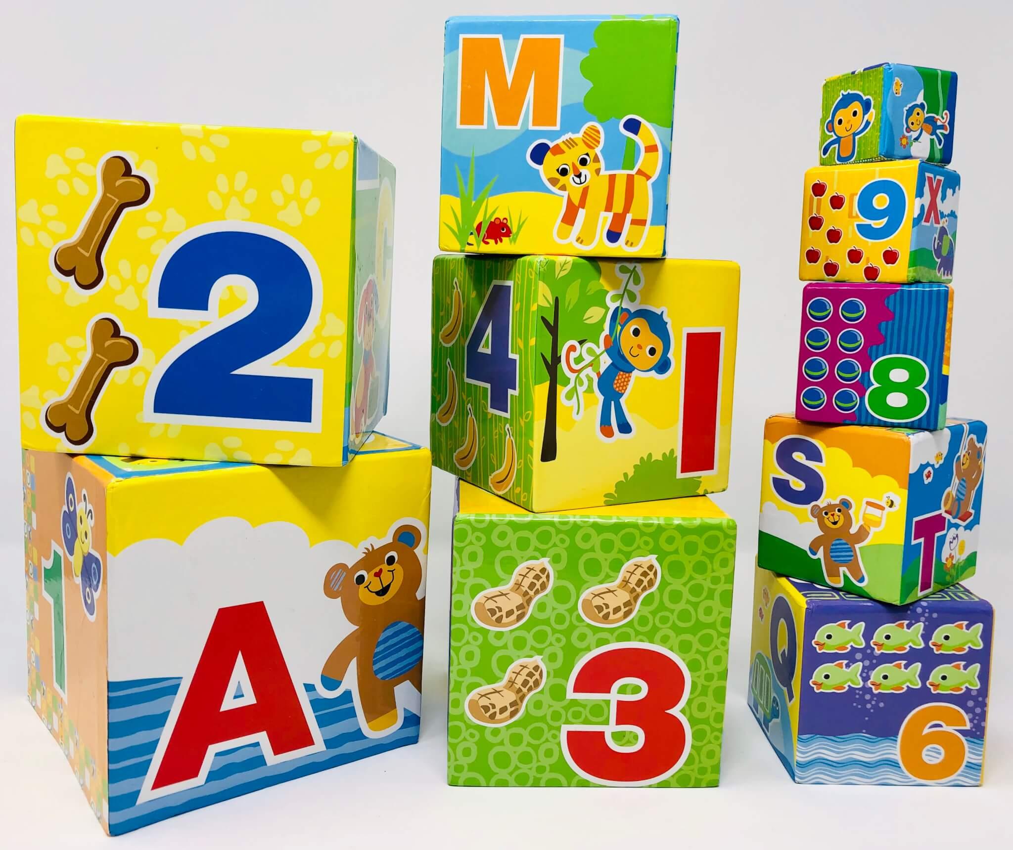 Cubes à empiler/encastrer (chiffres & lettres) (Toys' R US)